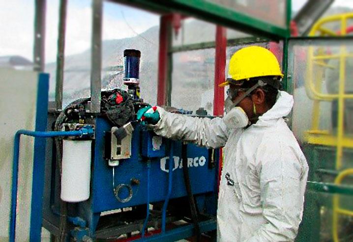 Mantenimiento de sensores de temperatura y presión en unidad hidráulica